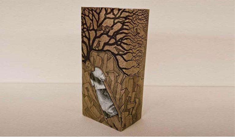 طراحی ساک دستی - کیسه کاغذی قهوهای