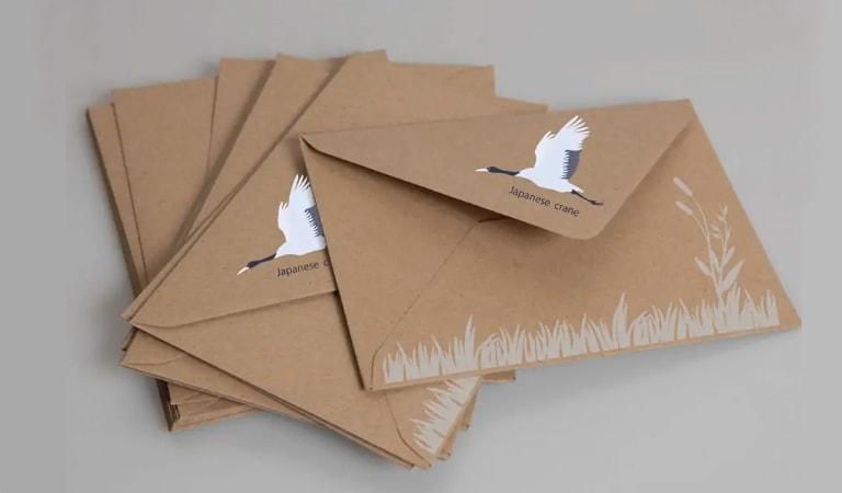 طراحی پاکت نامه - یک عنصر دست ساز اضافه کنید