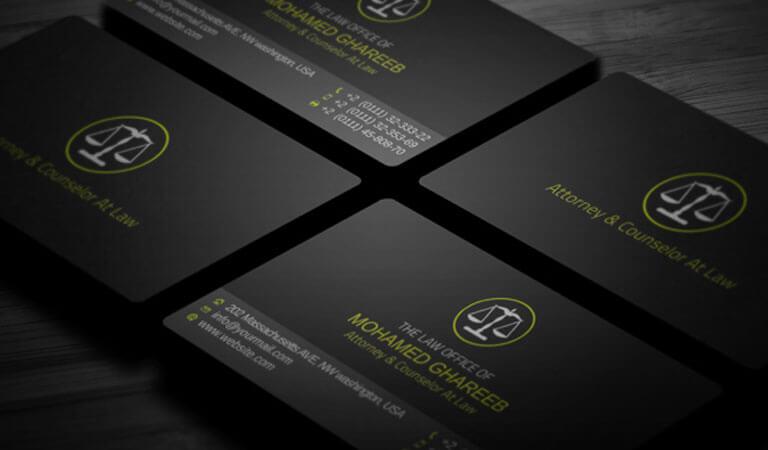 کارت ویزیت وکالت - مطمئن شوید که فونت های شما در پس زمینه های تیره نیز قابل خواندن باشند