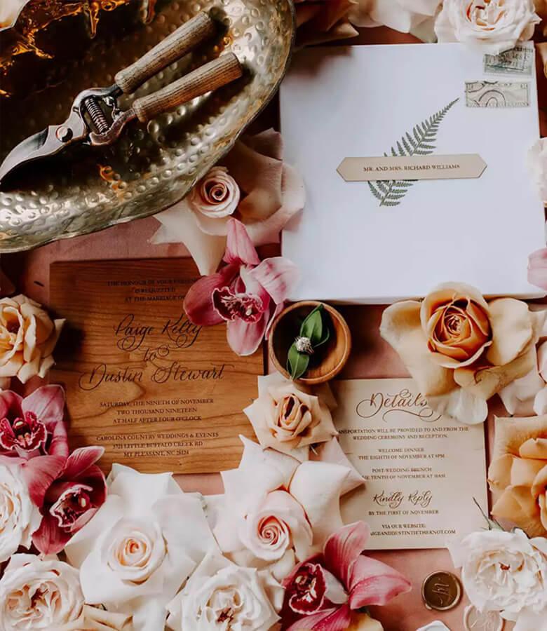طراحی کارت عروسی - مشخصات خود را بر روی چوب حک کنید